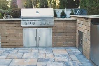 outdoor kitchen installations