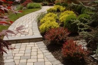 paver path installation